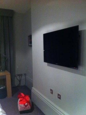 Andaz London Liverpool Street: Flatscreen Tv