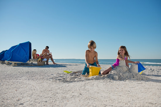 Guy Harvey Outpost, a TradeWinds Beach Resort: Build a Sandcastle
