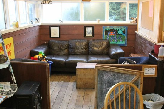 Cowpuccino's Coffee House: childrens area