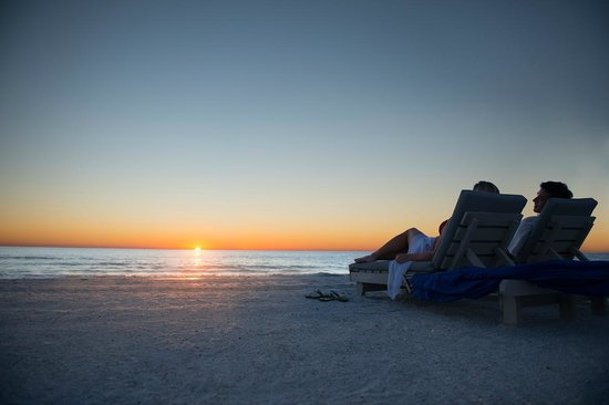 Guy Harvey Outpost, a TradeWinds Beach Resort: Watch the Sunset