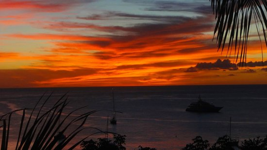 Firefly Mustique Hotel:                   Sunset from Firefly room