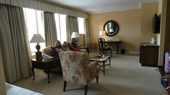 Fairmont Miramar Hotel & Bungalows:                                     Palisade Grand suite