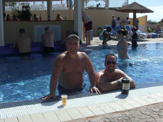 Memories Flamenco Beach Resort How Far From Airport