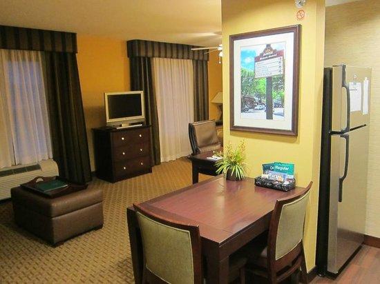 Homewood Suites Dover-Rockaway: View from Kitchen