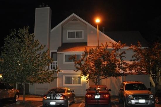 Sonesta ES Suites Cleveland Westlake:                   casinhas com 4 acomodacoes