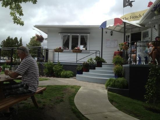 The French Cafe: Chéri café en Taupo