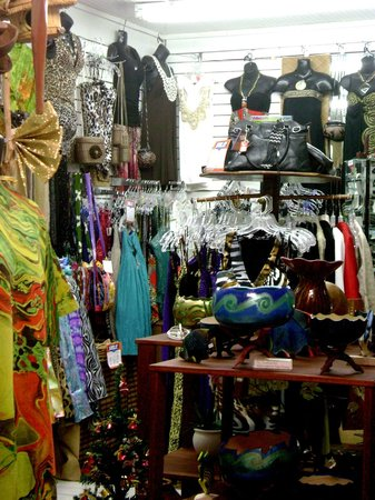 Tropical Creations:                   boutique