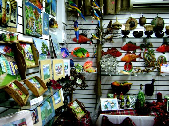 Tropical Creations Gallery, Boutique & Cultural Center