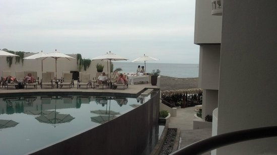 Cabo Villas Beach Resort:                                     View from room (first floor rooms below with cement view)