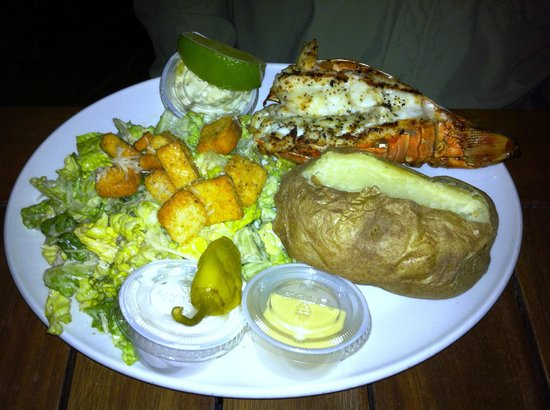 Snappas Chill and Grill :                   Crawfish dinner at Snappa's