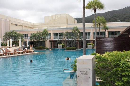 Millennium Resort Patong Phuket:                   view from the room to the swimming pool - lake side