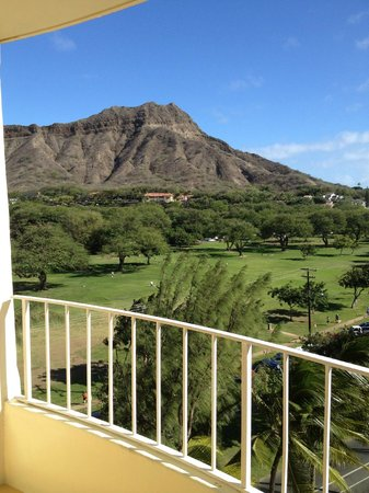 Lotus Honolulu at Diamond Head:                   View of Diamondhead from our room