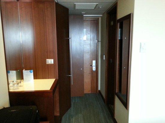 Hotel Manquehue Puerto Montt:                   Room doorway
