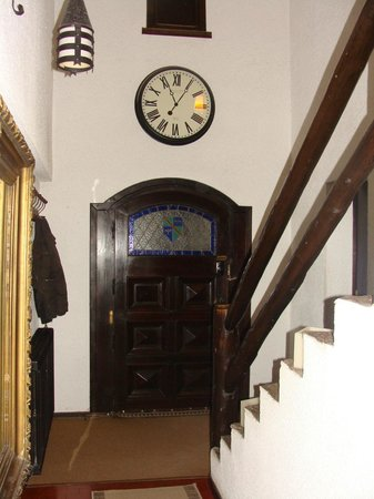 Del Prado Bed and Breakfast:                   Reloj no marques las horas..
