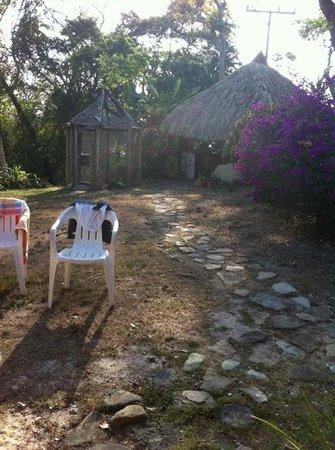 Casa del Sol:                   Uteplatsen bakom B&B.