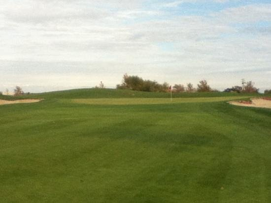Wildhorse Golf Club:                   hole 17