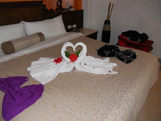 Heaven at the Hard Rock Hotel Riviera Maya:                                     Maid Service!