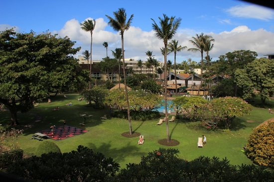 Kaanapali Beach Hotel:                   view of spacious grounds from 4th floor room