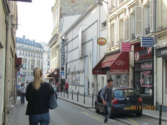 Hôtel Eldorado :                   route to Metro