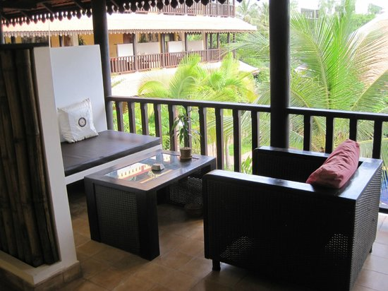 Siddharta Boutique Hotel:                                     Outdoor seating area for each rooom