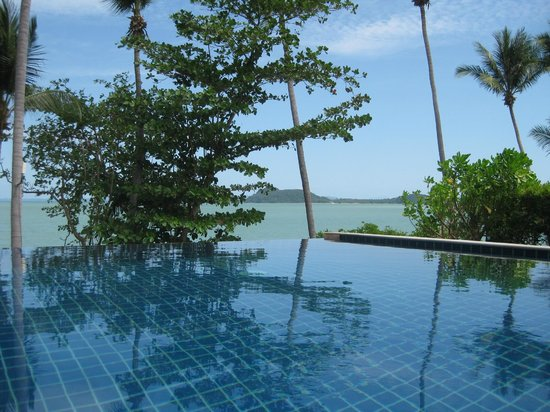 The Village Coconut Island:                                     Private Infinity Pool