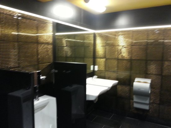 Gold Dust Lounge:                   nicest bathroom in San Francisco