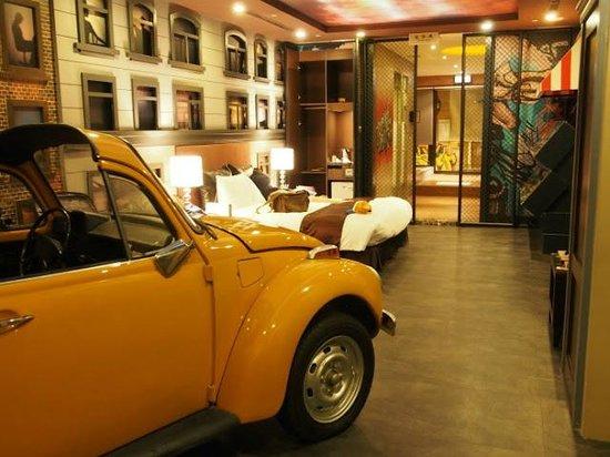 Sato Castle Motel: West Side Story Room