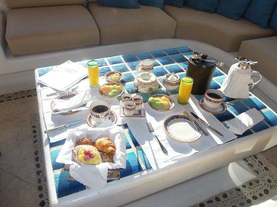 Las Ventanas al Paraiso, A Rosewood Resort: Continental breakfast room service