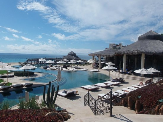 Las Ventanas al Paraiso, A Rosewood Resort: The best view of the pool