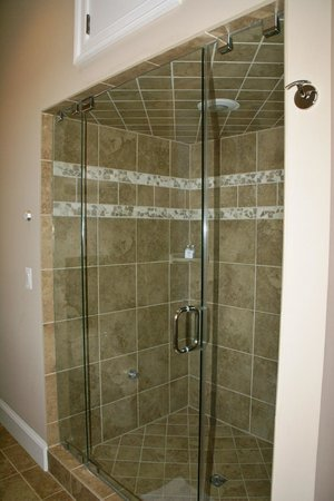 Suites at 249: Steam shower