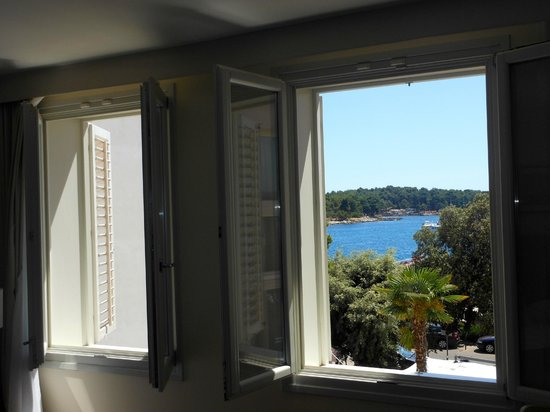 Valamar Riviera Hotel & Residence:                   inside our room