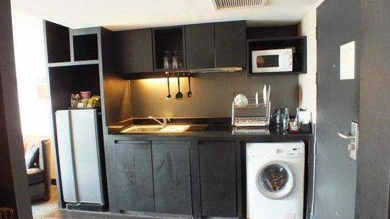 โกลเด้น ทิวลิป แมนดิสัน สวีทส์:                   キッチン、洗濯機完備