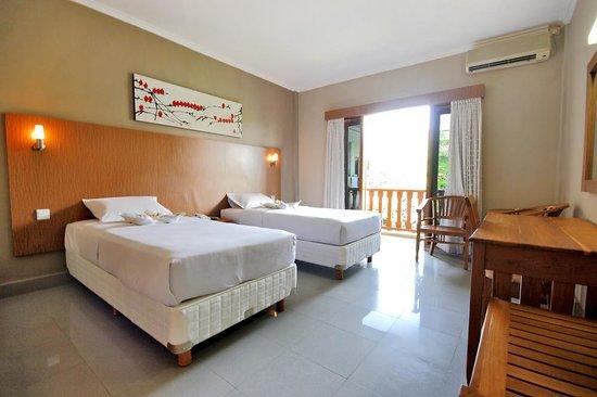 Taman Rosani Hotel & Villa:                   nice room