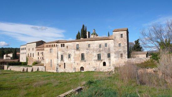 Monasterio de Santes Creus:                   fachada trasera