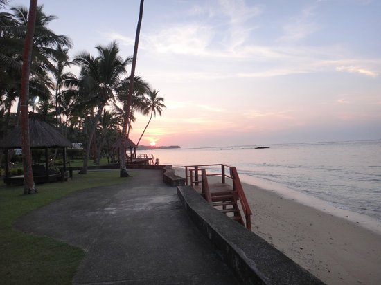 Fiji Hideaway Resort & Spa:                   Pathway to dining room and beach area