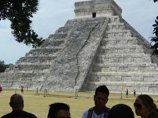 The Westin Lagunamar Ocean Resort Villas & Spa:                   Chichen Itza