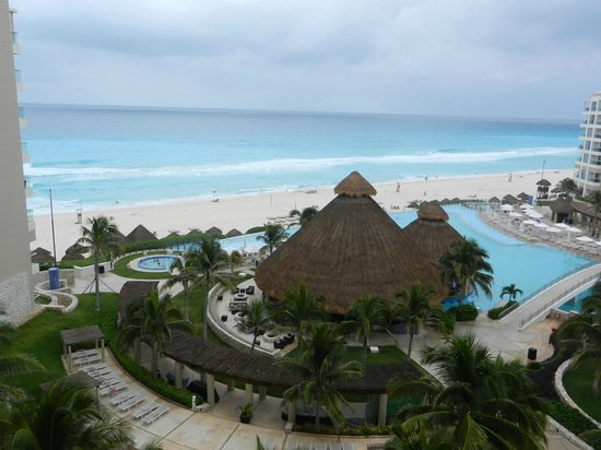 The Westin Lagunamar Ocean Resort Villas & Spa:                   view from room