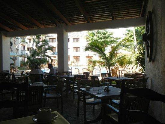 Villa Blanca Huatulco:                   El interior del restaurante