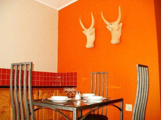 Pumleni Guesthouse: Bedrooom