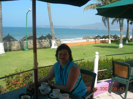 Royal Decameron Complex: Beautiful seaside dining.