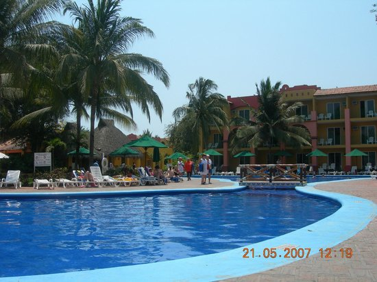 Royal Decameron Complex: Lovely pools