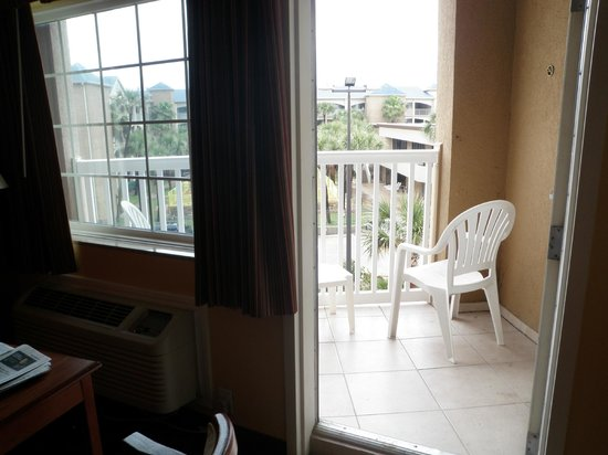 Quality Inn & Suites Galveston:                   Balcony view