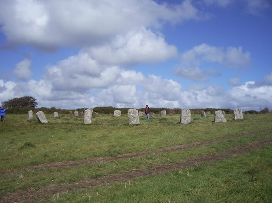 19 Merry Maidens - best-preserved stone circle in Cornwall