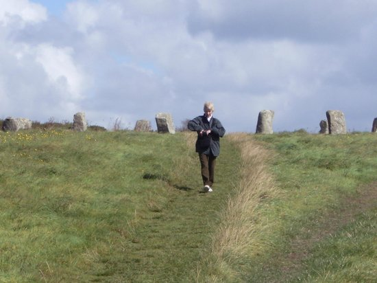 Merry Maidens: The ancient grass trail from the Maidens