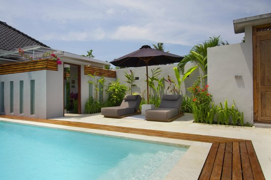 The Apartments Canggu: shared swimming pool - one bedroom apartments