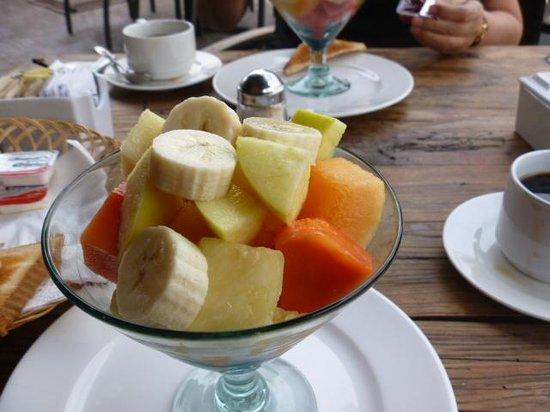 Hotel El Punto:                   Fruta