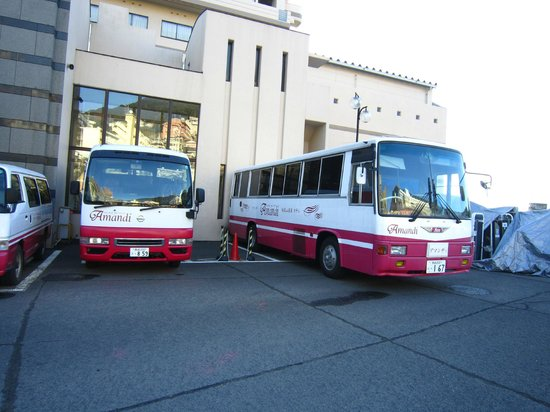 Hotel Amandi:                   駅から無料バス