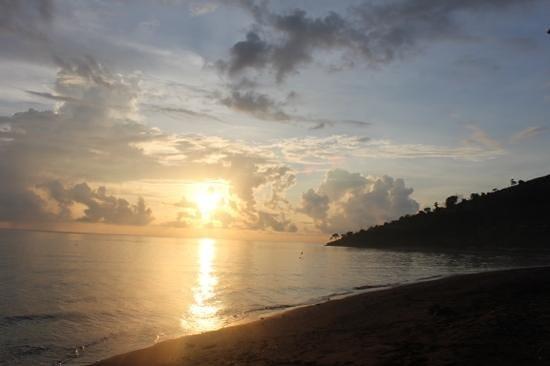 Bali Bhuana Beach Cottages:                                     Sunrise seen from Bali Bhuana Beach