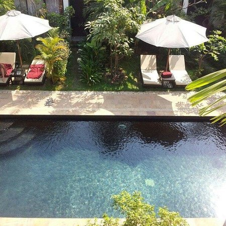Bunwin Boutique Hotel:                   Pool view from Restaurant