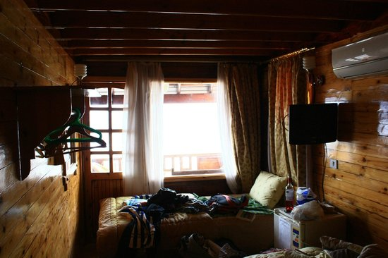 Jasmine Hotel & Restaurant:                                     Chambre donnant sur la mer